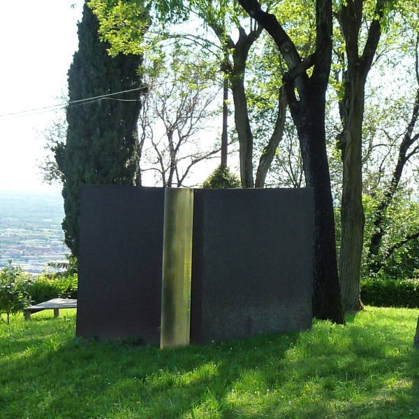 Amalia Del Ponte, U.S.A., installation view