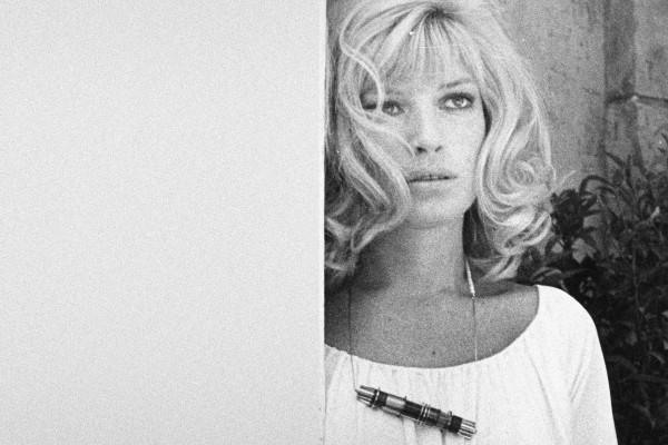 Amalia Del Ponte, Gioielli per GEM, 1968-1972, modella Monica Vitti ph Wolfango Soldati