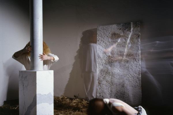 Amalia Del Ponte, Encantar, 1986, ph Santi Caleca