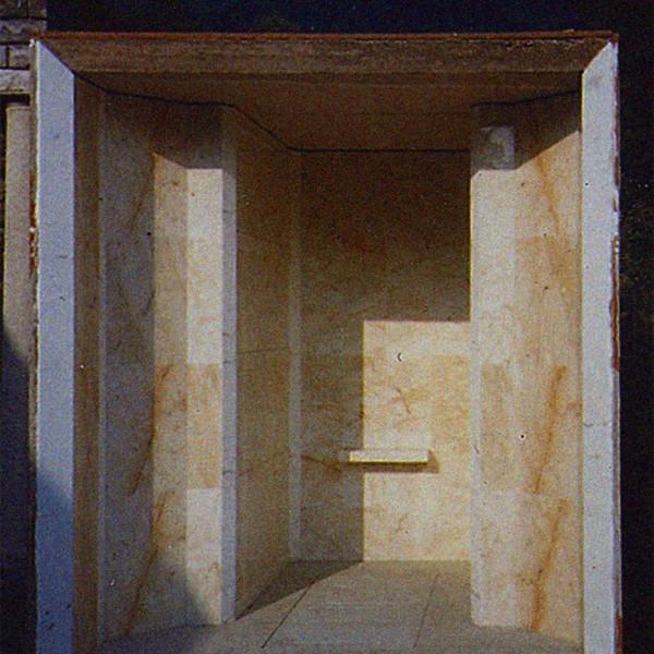 Amalia Del Ponte, Cappella Famiglia Zanotta, 1985, Lanzo d'Intelvi (CO)