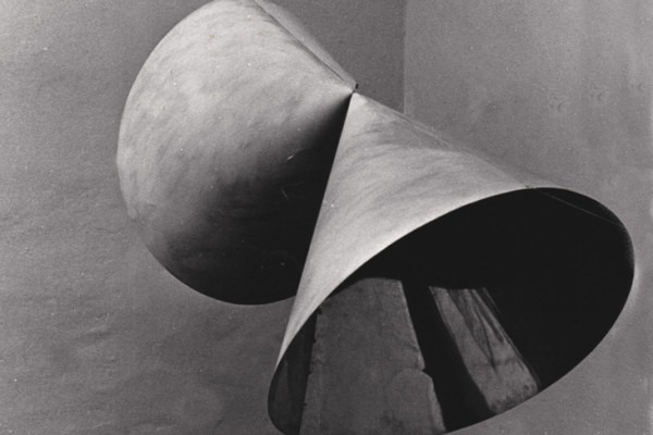 Amalia Del Ponte, Modello non riproducibile in scala esatta, 1980